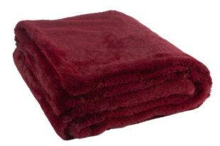 Hřejivá chlupatá deka v tmavě červené barvě