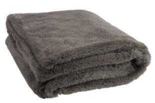 Tmavě šedá chlupatá hřejivá deka